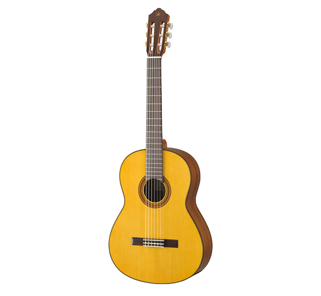 Guitarra Yamaha Cg C